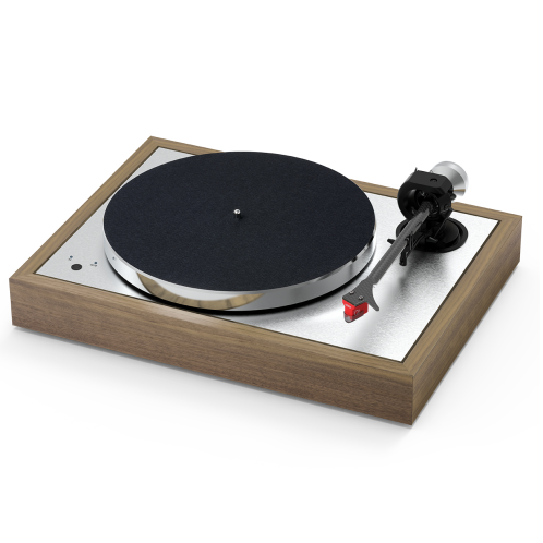 """Pro-ject The Classic Evo Sub-chassis turntable with 9"""" carbon/alu sandwich tonearm"""
