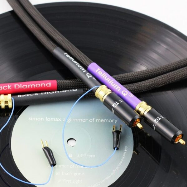 Tellurium Q Black Diamond Turntable RCA 1M Set